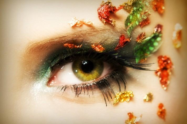 fall-eye-1050x700