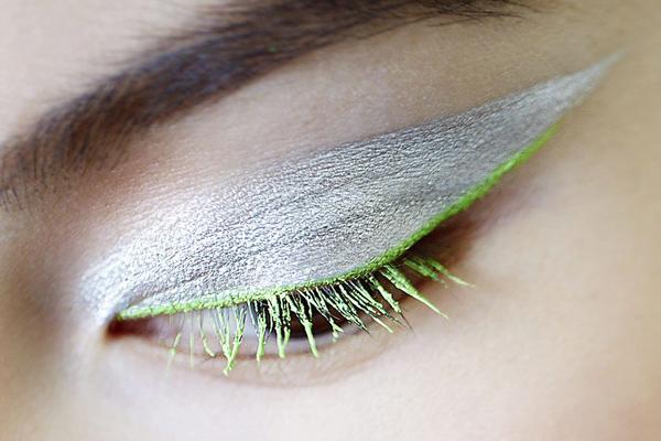 dior-fall-winter-2012-makeup-look-3