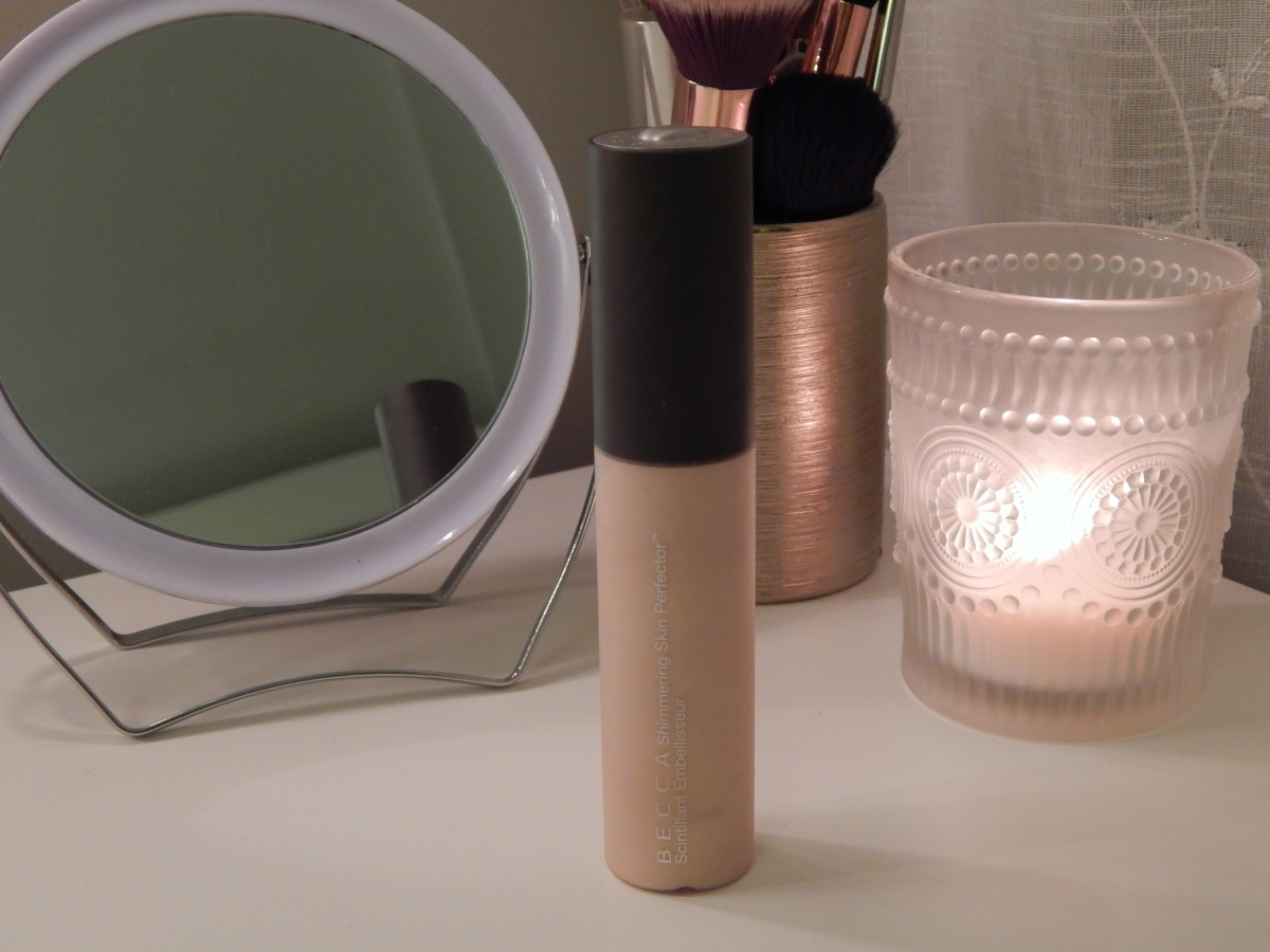 "Becca Shimmering Perfector ""Moonstone"","